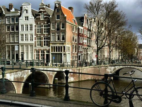 voyage au bord des canaux d'Amsterdam