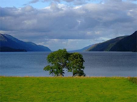 Circuit en Écosse au fameux lac du Loch Ness