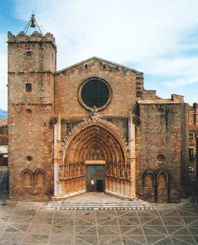 Eglise de Castello d'Empuries