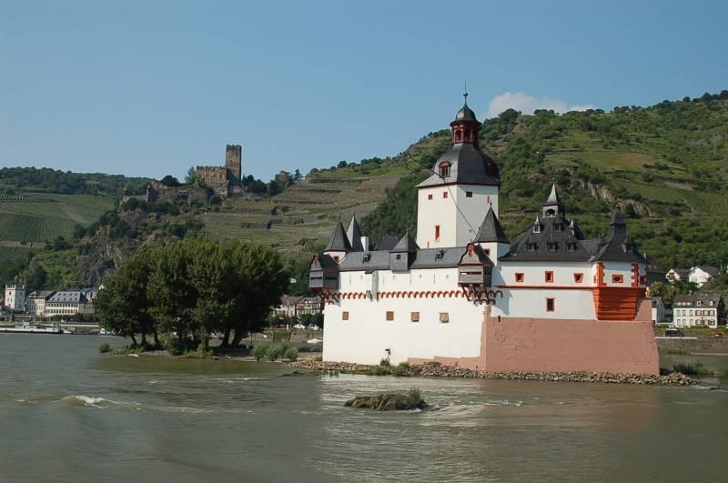 châteaux et forteresses vallée du Rhin - croisière fluviale sur le Rhin Octobre 2016