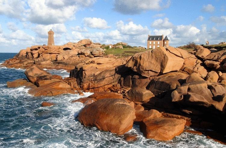 Voyage sur la côte de granit rose Bretagne